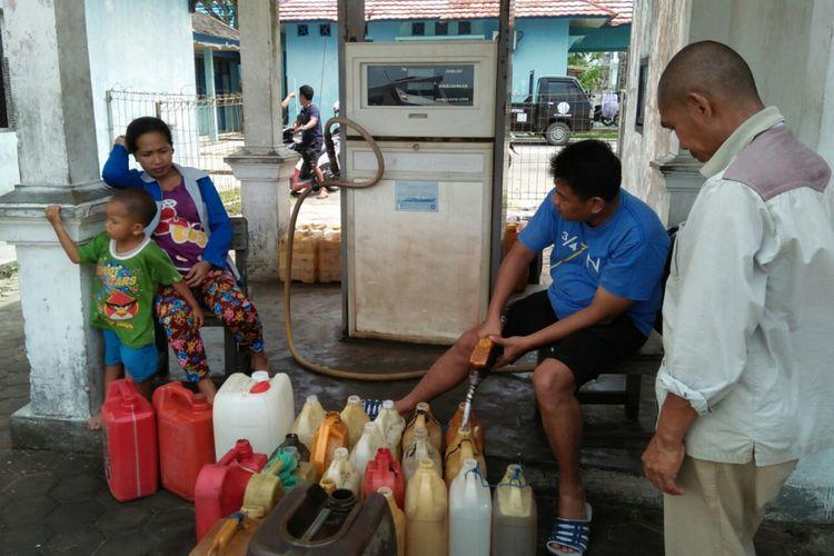 Suasana  Solar Packed Dealer Nelayan (SPDN) Kecamatan Kumai, Kabupaten Kotawaringin Barat, Kalimantan Tengah