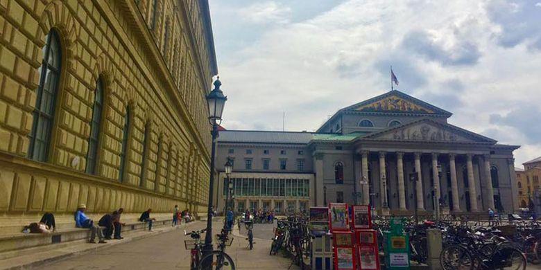 Perpustakaan Bavaria Munich di Jerman.