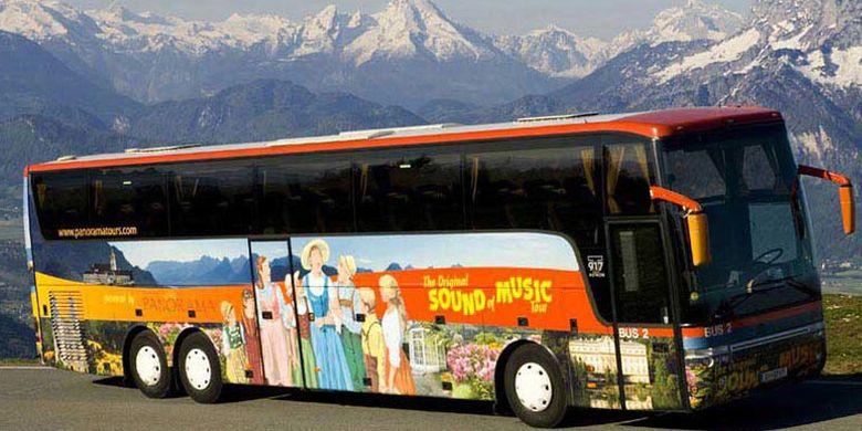 Bus tour Sound of Music di Salzburg Austria. Salzburg memang terkenal sebagai salah satu tujuan wisata populer di Austria.