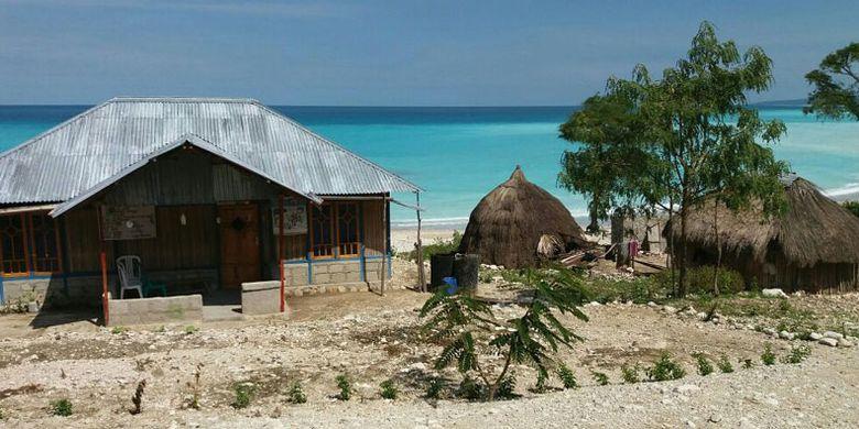 Pantai Ob di Kabupaten Timor Tengah Selatan, Nusa Tenggara Timur.