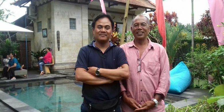 Penulis bersama Pak Ngakan, pemilik Umah Bali Villa di Kedewatan, Ubud, Kabupaten Gianyar, Bali.