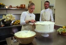 200 Buah Lemon Italia dalam Kue Pengantin Harry dan Meghan