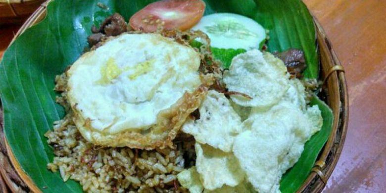 Nasi goreng rempah di Kedai Nasi Kebuli Mbah Soleh, Solo, Jawa Tengah, Kamis (6/4/2017).