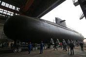 Angkatan Laut Rusia Luncurkan Kapal Selam Siluman 'Kronstadt'