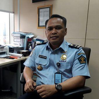 Kepala Bagian Humas Direktorat Jenderal Imigrasi Kementerian Hukum dan HAM Agung Sampurno di kantor Ditjen Imigrasi Kemenkumham, Kuningan, Jakarta, Selasa (23/1/2018).