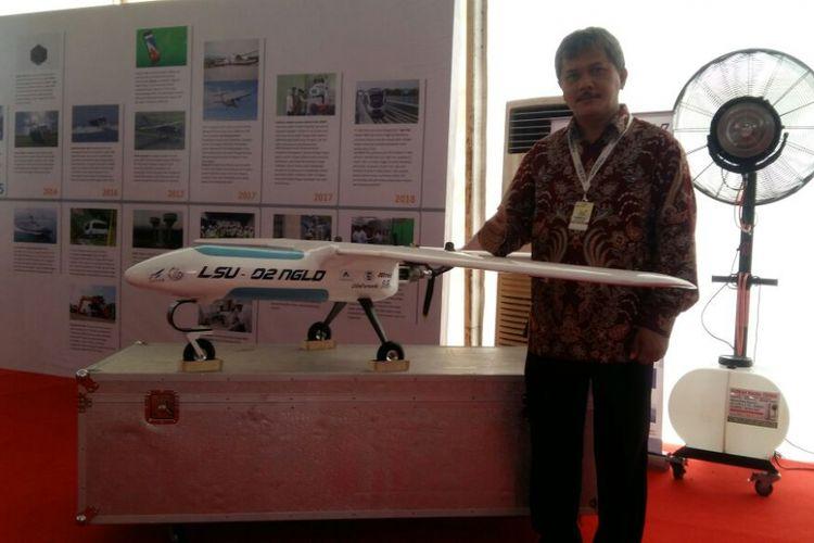 Pesawat tanpa awak LSU-02 NGLD yang dipamerkan LAPAN pada peringatan Hakteknas di Provinsi Riau, Jumat (10/8/2018).