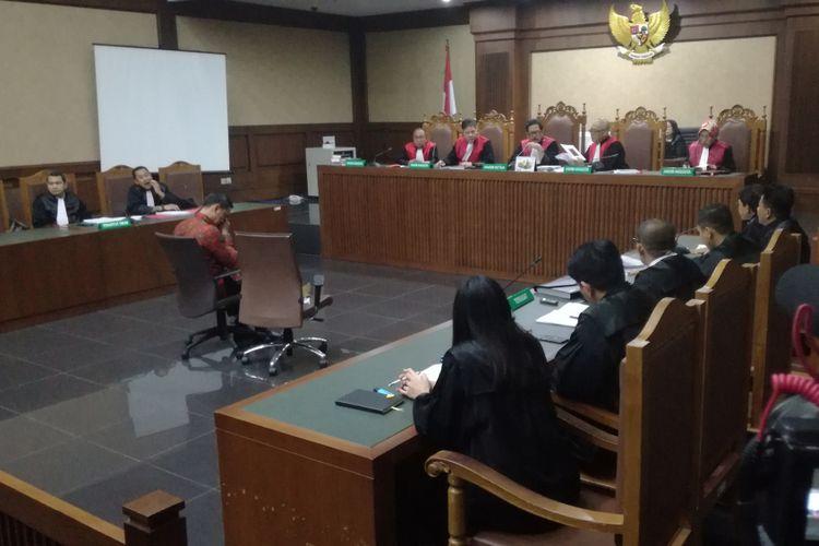 Sidang lanjutan terdakwa Zumi Zola dengan agenda membacakan nota pembelaan atau pledoi di Pengadilan Tipikor Jakarta, Kamis (22/11/2018).
