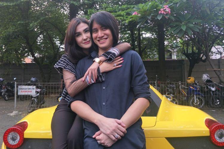 Kevin Aprilio dan Vicy Melanie saat ditemui di kawasan Lebak Bulus, Jakarta Selatan, Sabtu (22/6/2019).