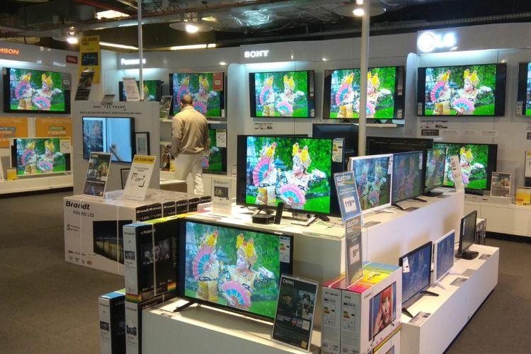 Cuplikan video pariwisata Indonesia hadir di toko elektronik FNAC di Perancis. VIT