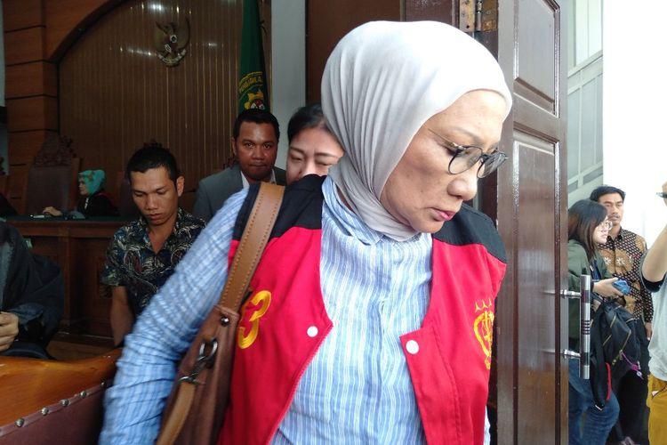 Ratna Sarumpaet usai menjalani sidang pembacaan replik di Pengadilan Negri Jakarta Selatan, Selasa (25/6/2019)