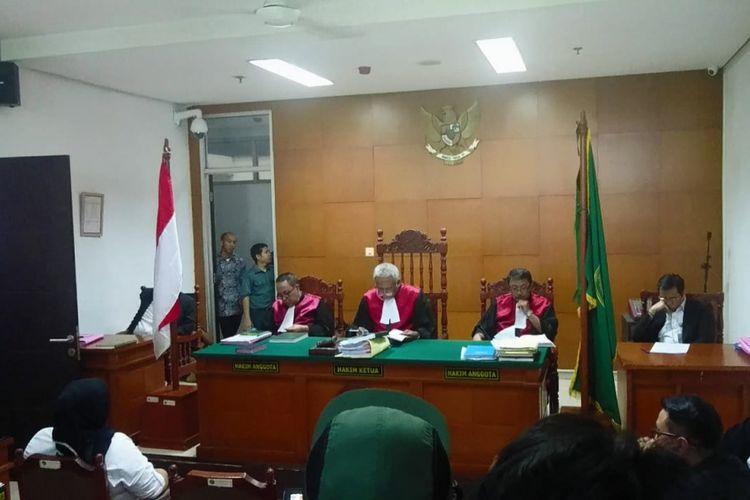 Sidang putusan kasus narkotika yang menjerat putri Ratu Dangdut Elvy Sukaesih, Dhawiya Zaida, dilangsungkan di Pengadilan Negeri Jakarta Timur, Selasa (4/9/2018).