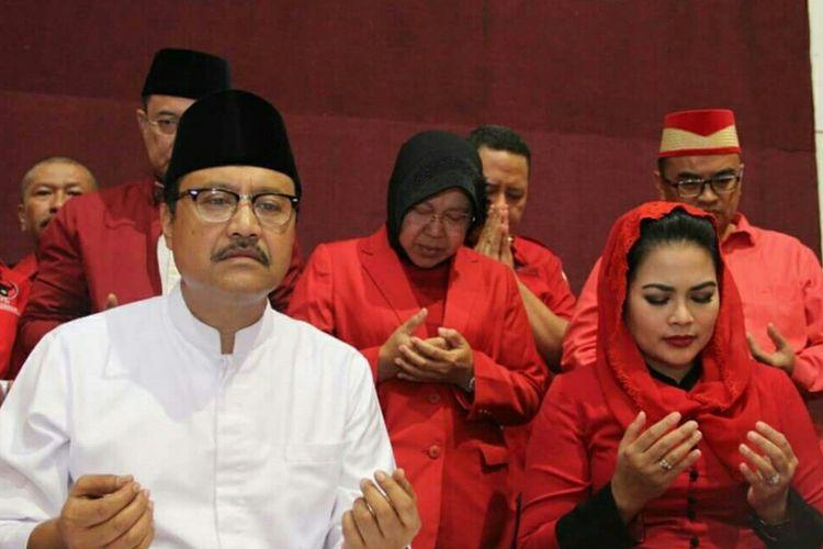 Pasangan calon Gubernur dan Wakil Gubernur Jawa Timur Saifullah Yusuf-Puti Guntur Soekarno diusung sejumlah partai politik dalam pilkada Jawa Timur 2018.