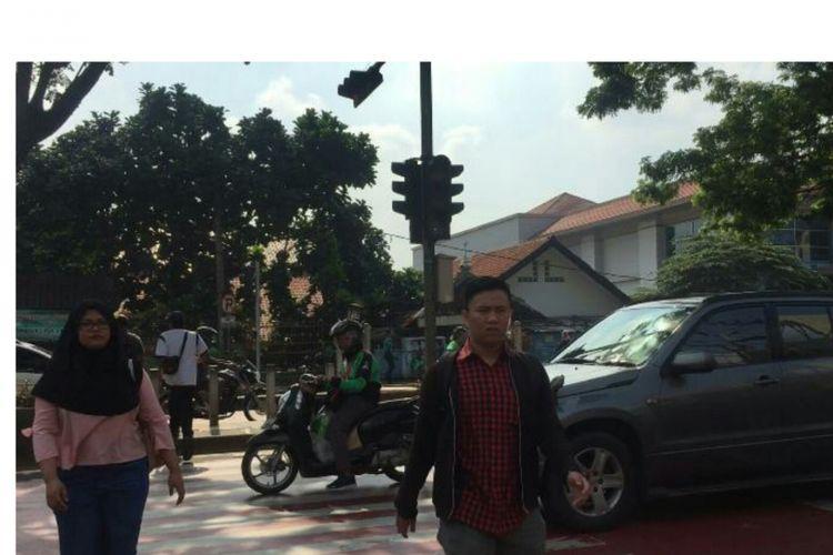 Pelican Crossing di Pondok Cina,  Jalan Margonda,  Depok,  Senin (7/1/2019).