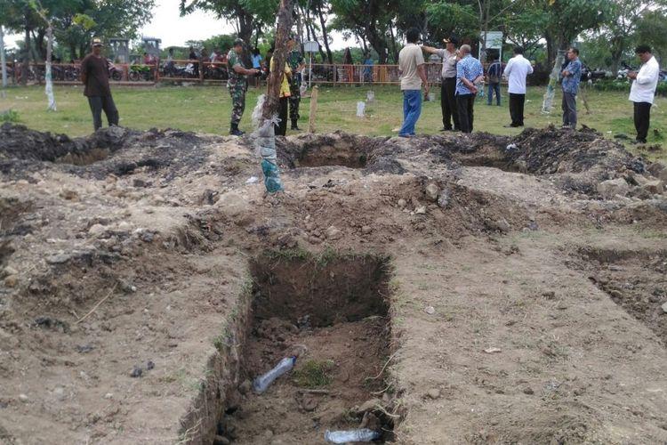 Warga hentikan penggalian lubang makam di TPU Putat Gedhe Surabaya