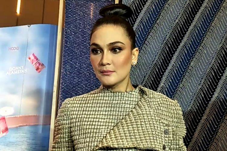 Luna Maya dijumpai di sela acara gala premier film Insya Allah SAH! 2 di Epicentrum Walk XXI, Jakarta Selatan, Rabu (6/6/2018) malam.