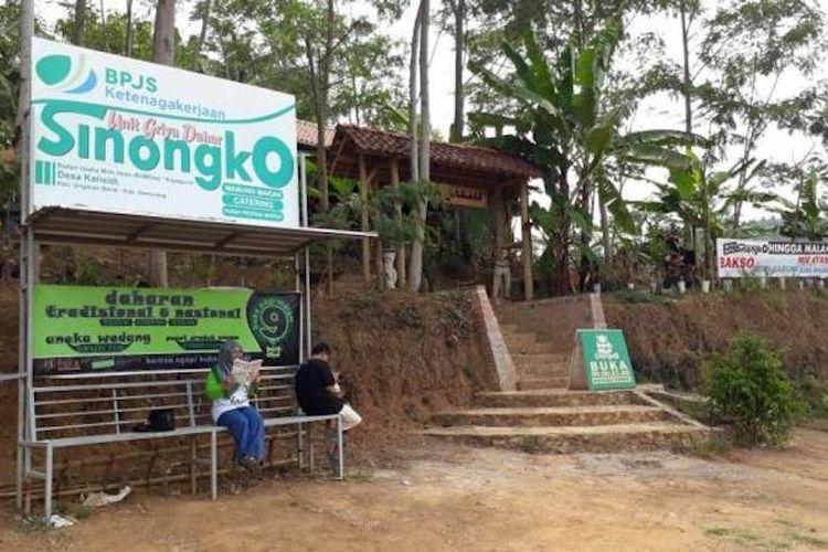 Warung makan Griya Dahar Sinongko, berada di desa Kalisidi Kabupaten Ungaran.
