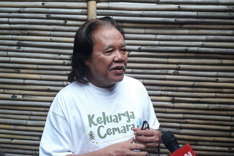 Arswendo Atmowiloto ditemui dalam jumpa pers film Keluarga Cemara di Kinosaurus, Kemang, Jakarta Selatan, Jumat (29/9/2017).