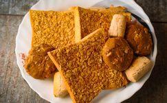 Nikmatnya Roti Kenari Ambon, Pasangan Pas untuk Ngopi