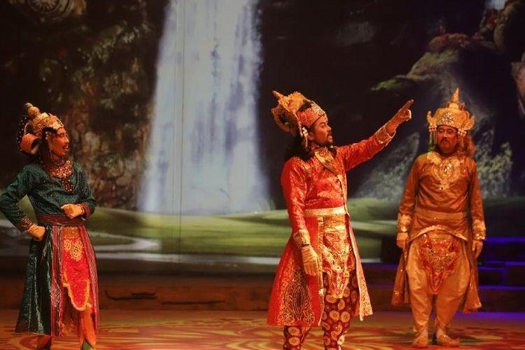 Pertunjukan Teater Koma Mahabarata, Asmara Raja Dewa