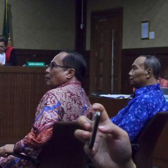 Mantan Dirjen Kependudukan dan Catatan Sipil Kementerian Dalam Negeri, bersaksi di Pengadilan Tipikor Jakarta, Kamis (25/1/2018).