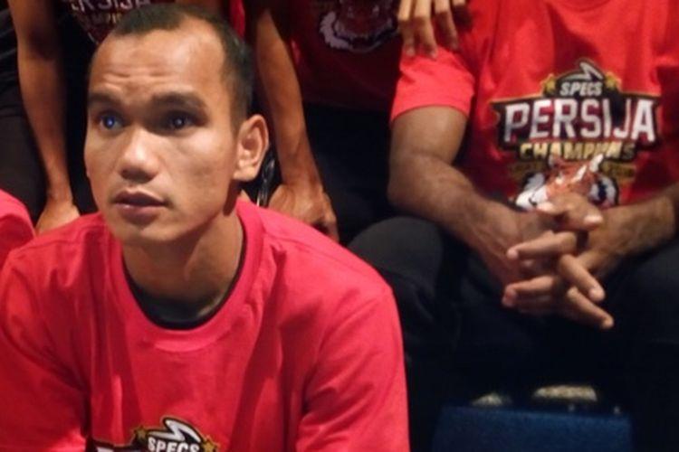 Gelandang Persija Jakarta dan Timnas Indonesia Riko Simanjuntak. Pada Liga 1 2018, Riko menjadi duta produk sepatu Specs varian Accelerator Illuzion dan Accelerator Infinity.