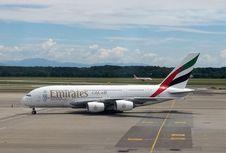 Promo Tiket Emirates Jakarta-Eropa PP Mulai Rp 13,9 juta
