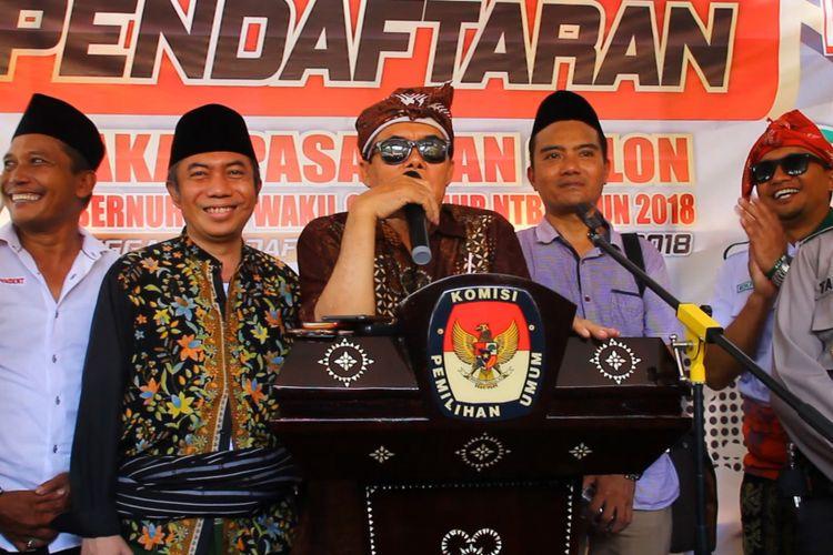Mataram,Kompas.com Bakal calon gubernur dan wakil gubernur  NTB, Ali Bin Dachlan dan Gede Sakti mendaftar ke KPU NTB melalui jalur independen