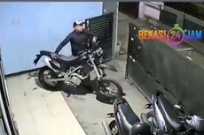 Aksi Pencurian Sepeda Motor Kawasaki KLX di Bekasi Terekam CCTV