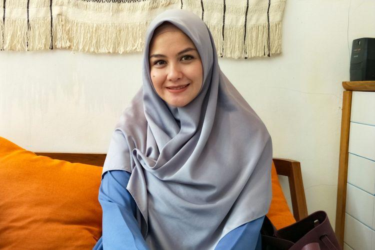 Artis peran Revalina S Temat saat ditemui di kawasan Cipete, Jakarta Selatan, Rabu (10/10/2018).