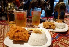 Ayam Goreng Serundeng dan Sambal, Menu Spesial Ramadhan McDonald's