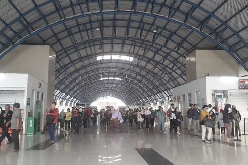 Ada Aksi Massa, KRL Tujuan Tanah Abang Hanya Sampai Stasiun Kebayoran dan Manggarai