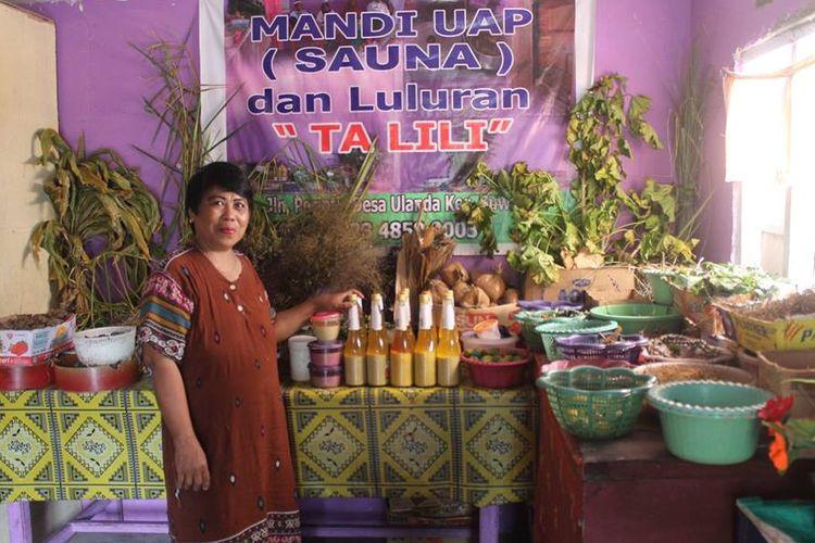 Layanan mandi rempah tradisional yang sudah dikembangkan masyarakat Suwawa, Bone Bolango. Mandi rempah ini merupakan tradisi masyarakat Gorontalo yang masih bertahan hingga kini.