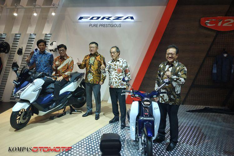 Honda Super Cub C 125 dan Honda Forza resmi meluncur di Indonesia