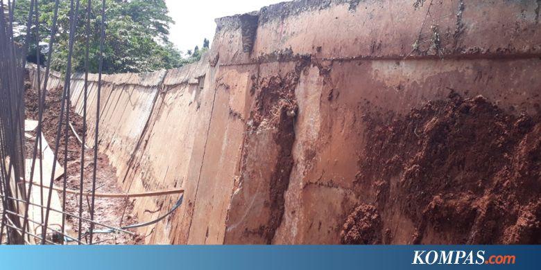 CPDW Perbaikan Tanggul Kali Bekasi di Jalan Raya Cipendawa Rampung Akhir 2019 - Kompas.com