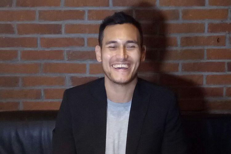 Arifin Putra Isyana saat jumpa pers peluncuran video klip Lembaran Buku di CGV Blitz , Grand Indonesia, Jakarta Pusat, Jumat (12/1/2018).