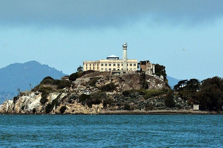 Penjara pulau Alcatraz dikenal sebagai tempat menampung para penjahat kelas kakap di Amerika Serikat.