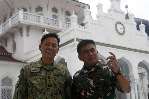 Panglima Militer Diraja Brunei Salurkan Kurma untuk Warga Aceh Jaya