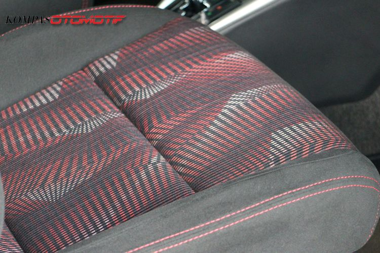 Ilustrasi material jok berbahan Fabric