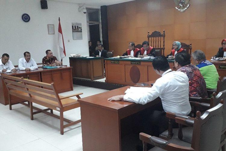 Suasana sidang gugatan perdata Kivlan Zen terhadap Wiranto di Pengadilan Negeri Jakarta Timur, Kamis (15/8/2019).