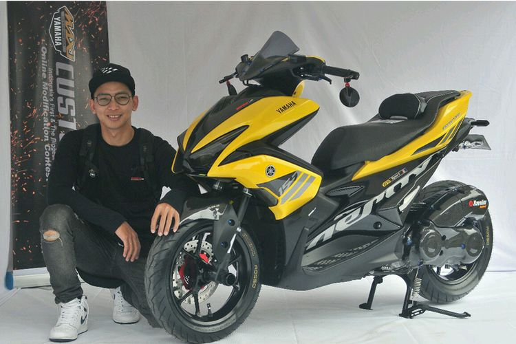 Modifikasi Yamaha Aerox 155 terbaik di final CustoMaxi