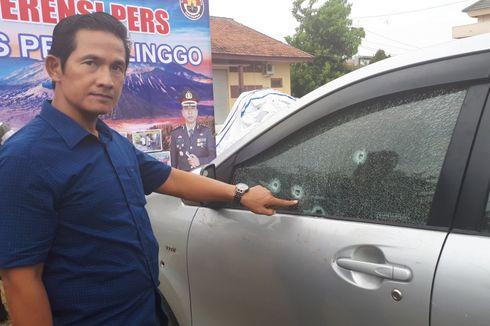 Tabrak Polisi, Mobil Perampok Diberondong 12 Peluru