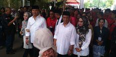 Daftar ke KPU Jabar, TB Hasanudin dan Anton Charliyan Perkenalkan 'Hasanah'
