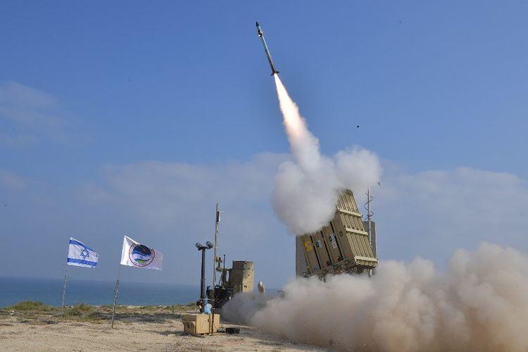 Ilustrasi peluncuran rudal dari pangkalan udara Palmachim di pusat Israel pada Juli 2018 lalu.