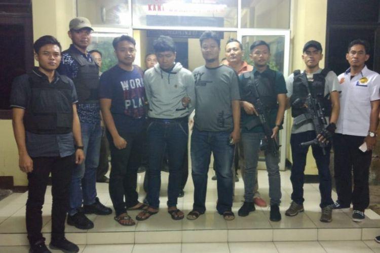 Terduga penjambret Warsilah, seorang pengemudi ojek online di kawasan Cempaka Putih, Jakarta Pusat pada Minggu (1/7/2018) telah menyerahkan diri.