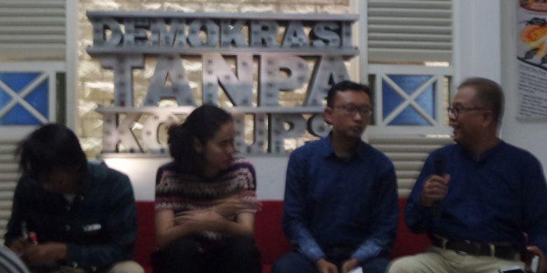 Konferensi pers tentang kasus penyerangan terhadap penyidik KPK Novel Baswedan di Kantor ICW Jakarta, Jumat (12/1/2018).