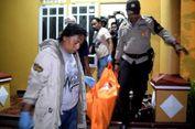 Seorang Gadis dalam Kondisi Setengah Telanjang Ditemukan Tewas di Kamarnya
