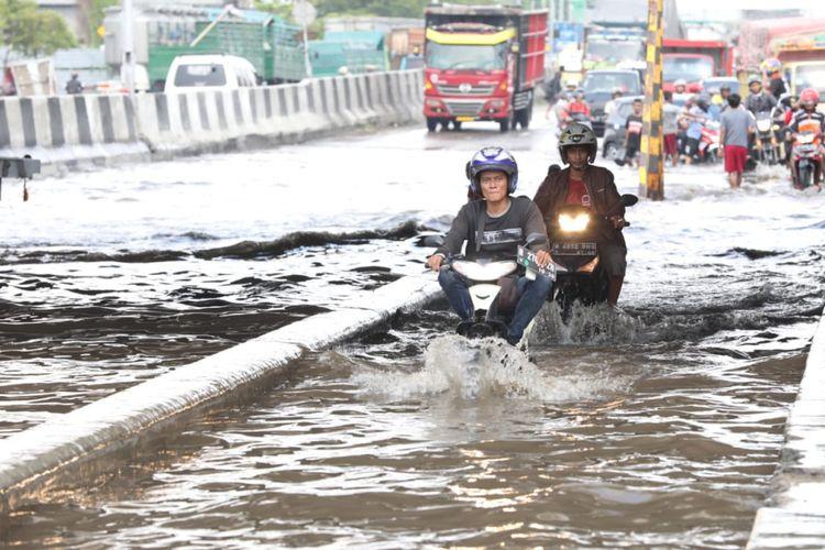 Banjir di Kaligawe, Semarang, Selasa (4/12/2018)