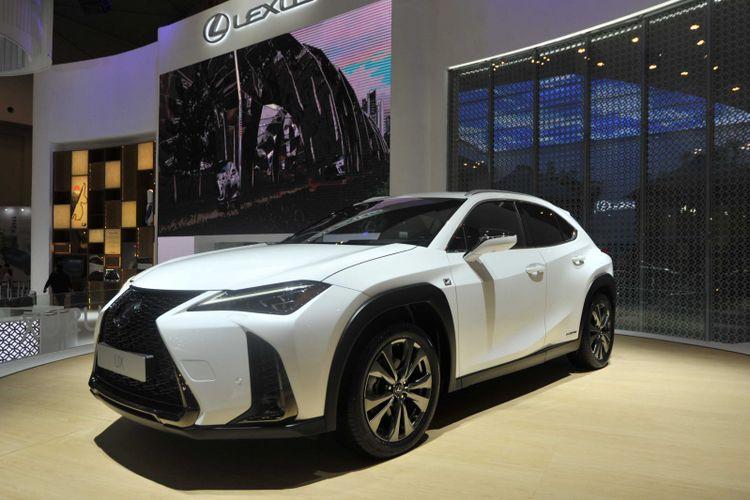 Lexus UX hadir pertama kali di Asia di ajang GIIAS 2018