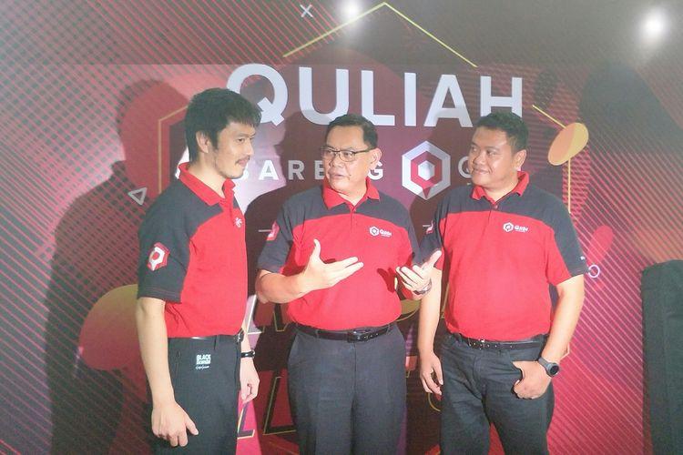 CEO QRIM Express Abdul Rahim Tahir (tengah) bersama COO QRIM Express Widiatmoko (kanan) dan CSO QRIM Express Tetsushi Kuroda (kiri) di Jakarta, Kamis (13/62019)