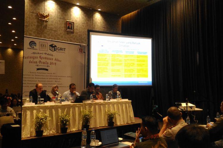 Lembaga Swadaya Masyarakat (LSM) NETGRIT menggelar diskusi publik dengan tema Tantangan Keamanan Siber dalam Pemilu 2019 di Hotel Akmani, Jakarta, Kamis (6/12/2018).